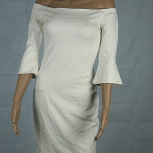NWT Bar lll off shoulder off white hourglass dress